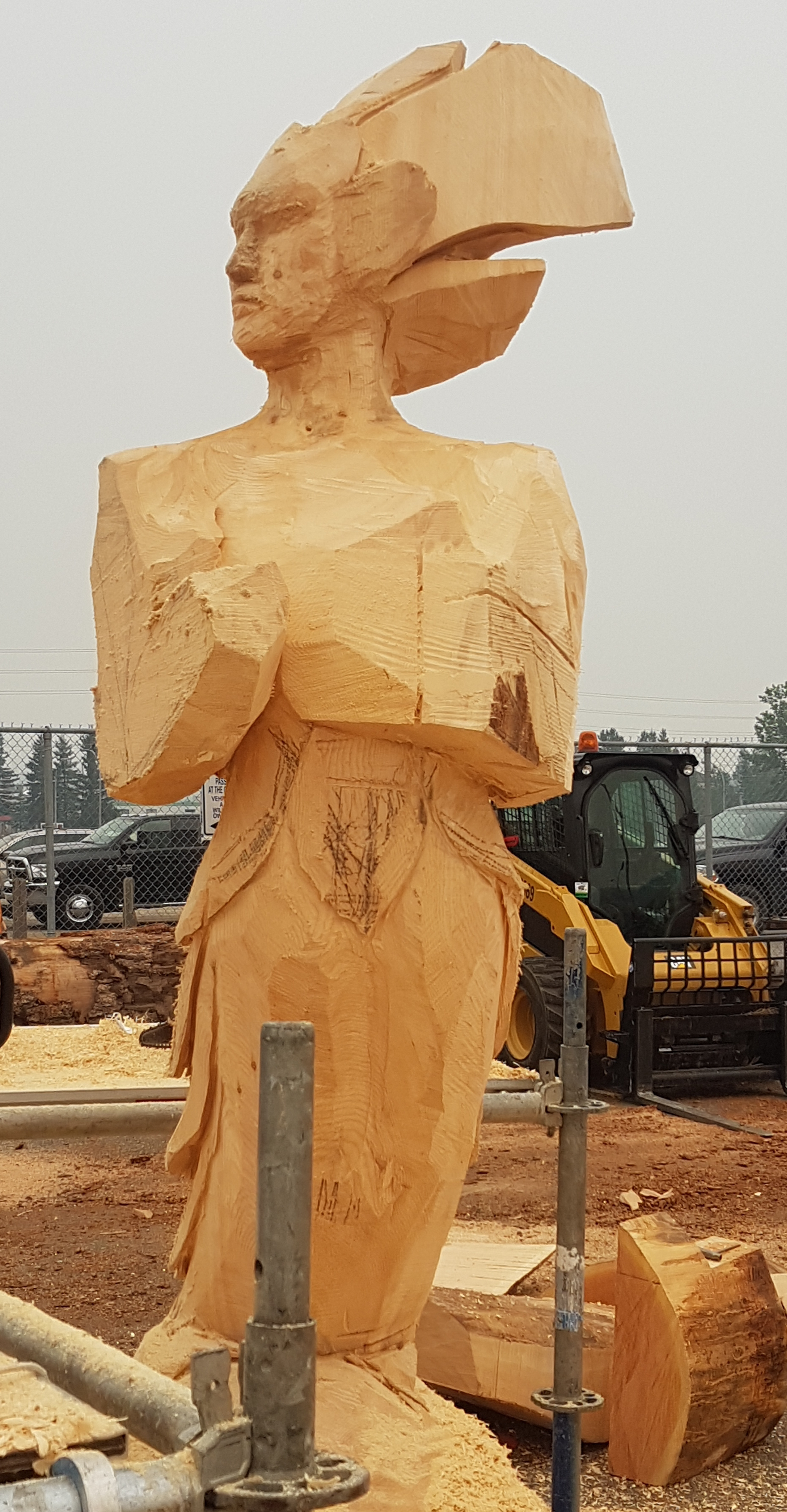 250 news chainsaw art is the buzz